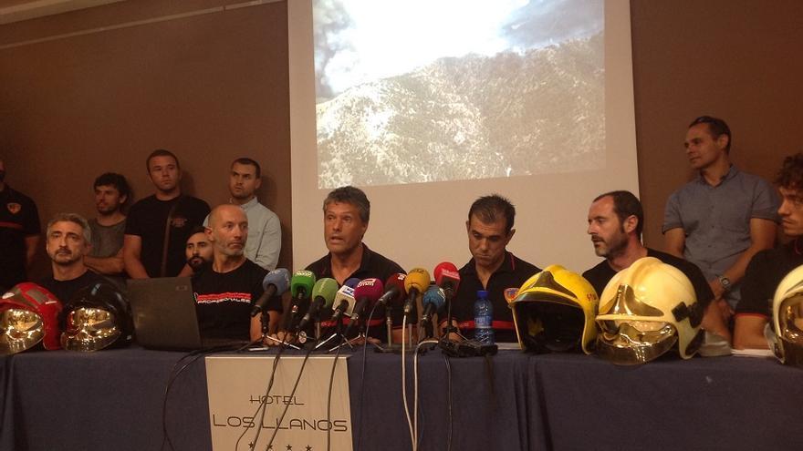 Los Bomberos del SEPEI durante la rueda de prensa este miércoles en Albacete.