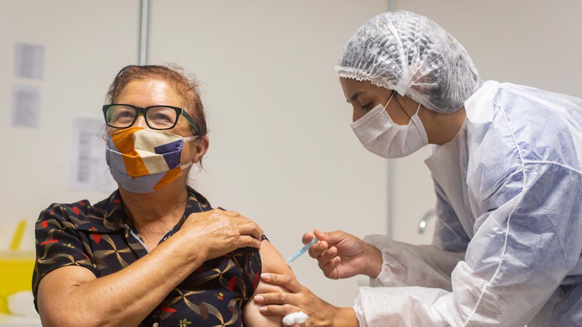 Ahora es el turno de vacunación para los mayores de 65 años