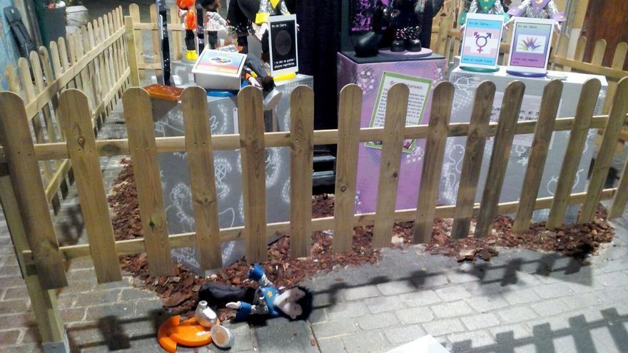 El monumento infantil de la falla Alta-Santo Tomás que ha sido objeto de un ataque homófobo