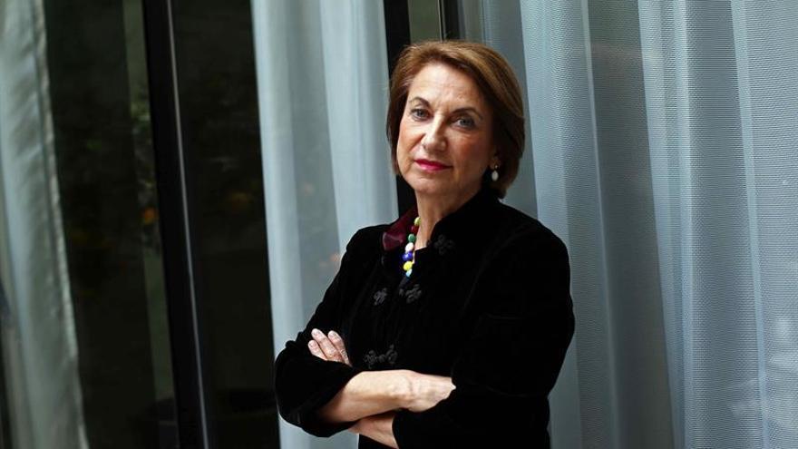 """Loretta Napoleoni: """"Los gobiernos financian el terrorismo si pagan rescates"""""""