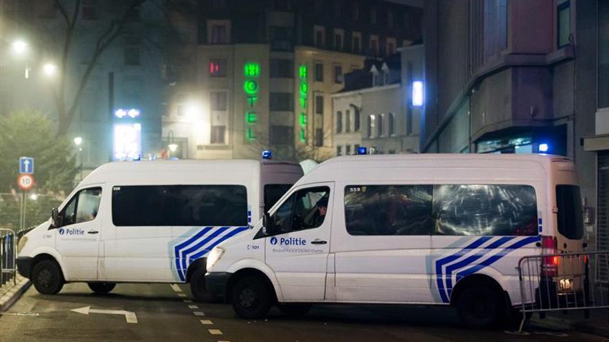 La Policía belga abate a un hombre con explosivos en la Estación Central