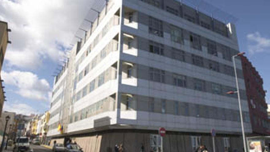 Edificio de Granadera Canaria.