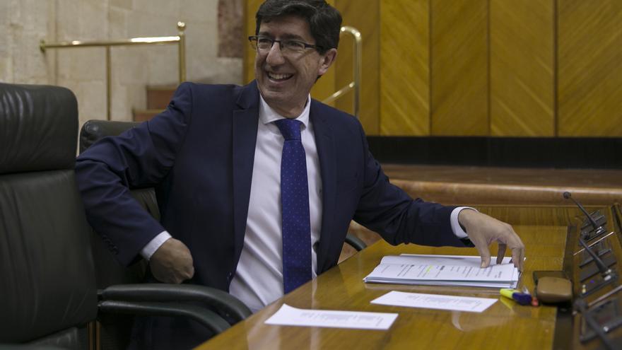 """Marín defiende """"la buena salud"""" del sector y espera cerrar el año con 32,3 millones de visitantes en Andalucía"""