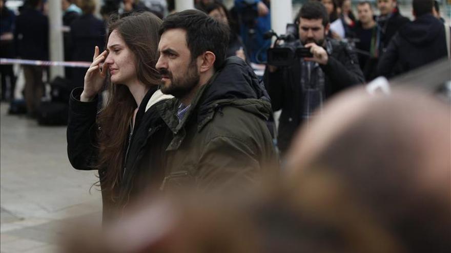 Obama expresa su pesar por el accidente del avión y dice que hablará hoy con Rajoy