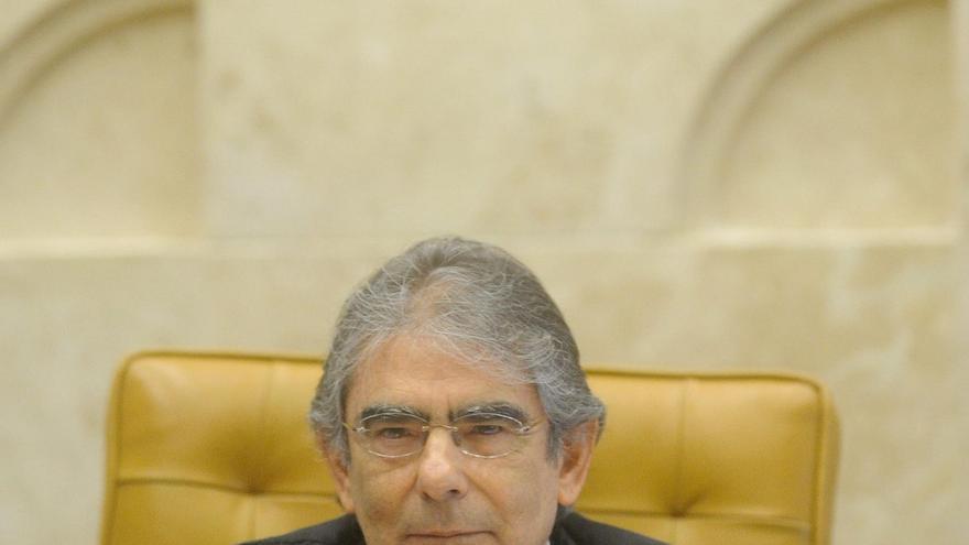 El presidente del Supremo también halla culpables a cinco procesados en Brasil