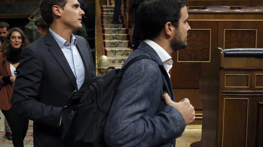 """Un sector de IU pide explicaciones a Garzón por su """"invisibilidad"""" en Podemos"""