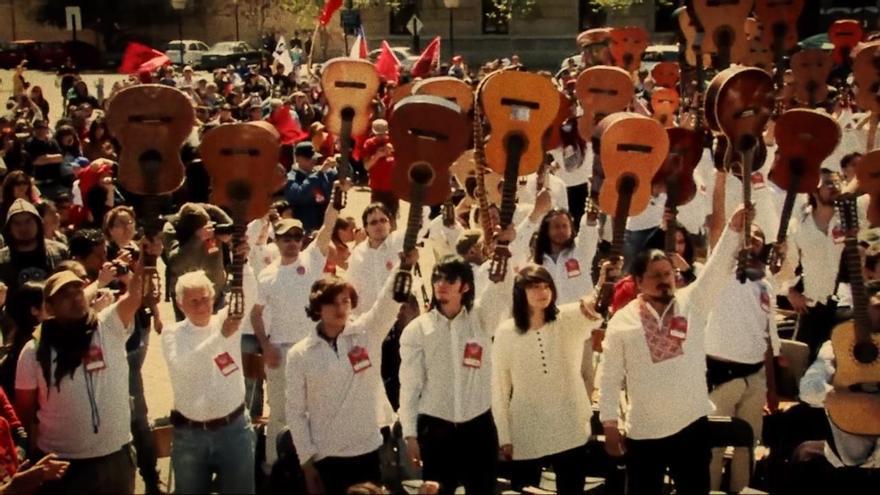 El festival 'Mil Guitarras para Victor Jara' celebrado anualmente en Santiago de Chile