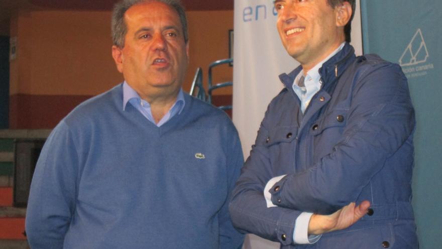 José Luis Perestelo y José Miguel Ruano, este domingo. Foto: LUZ RODRÍGUEZ.