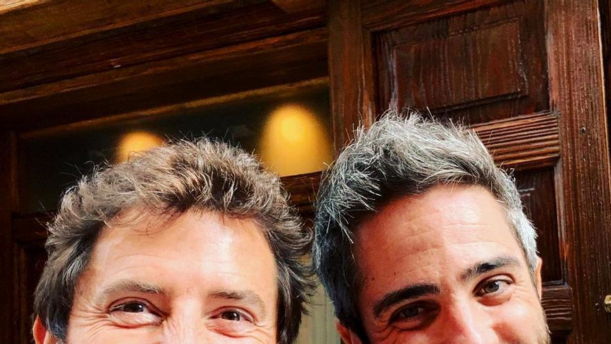 Manel Fuentes y Roberto Leal