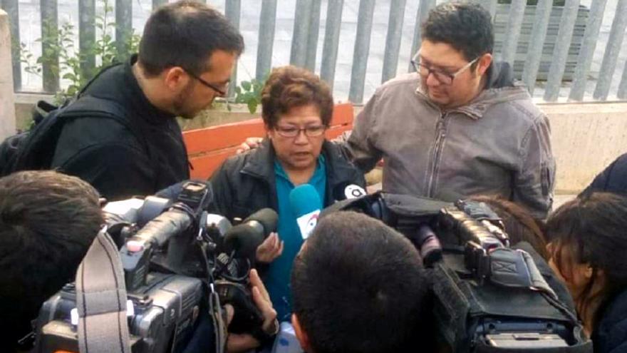 Carmen Leigue atiende a los medios
