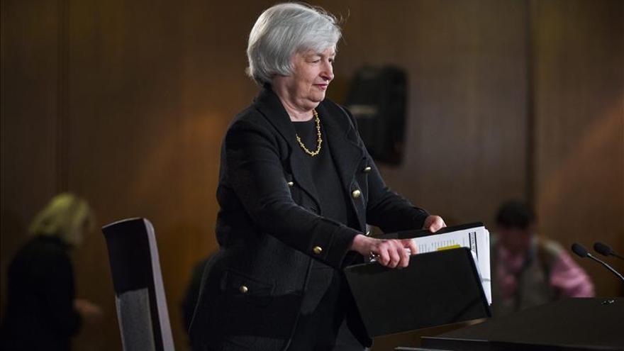 """Yellen insta a la Fed a prestar más atención a la """"creciente globalización"""""""