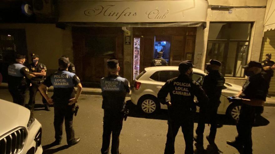 """Unidas Podemos exige el cierre """"inmediato"""" del club de alterne en el que fueron pillados dos jugadores del CD Tenerife"""