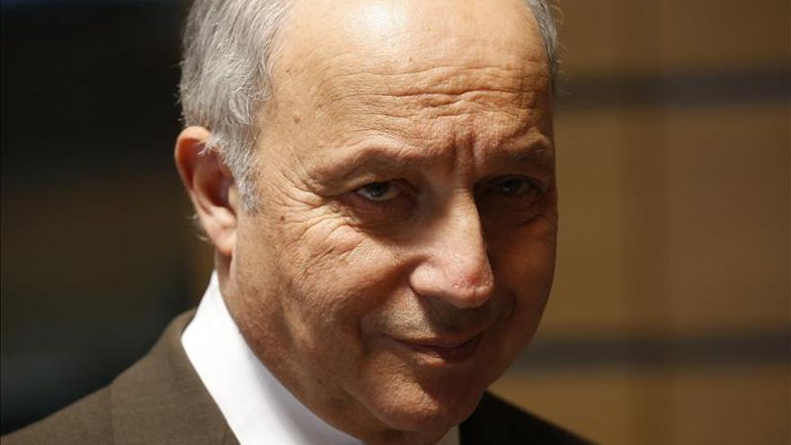 """Fabius admite que la crisis en Libia tiene aún """"una profunda dificultad"""""""