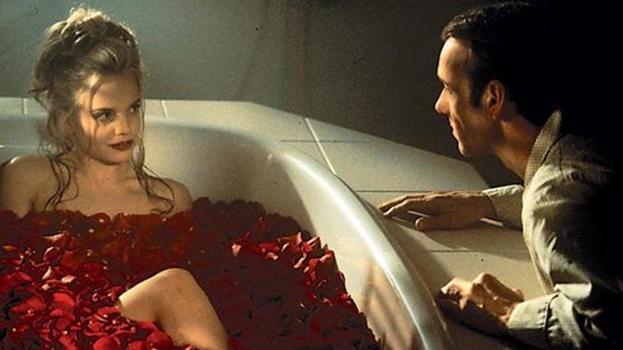 Mena Suvari y Kevin Spacey en 'American Beauty'