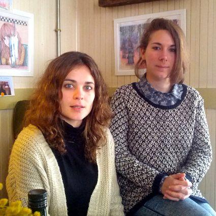 Ariadna y Elena, creadoras de '10por10' | Foto: Somos Malasaña