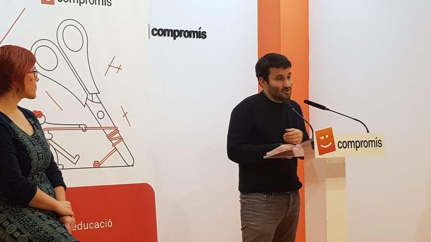 Águeda Micó y Vicent Marzà explican a diferentes cargos de Compromís las políticas del Botànic en materia educativa