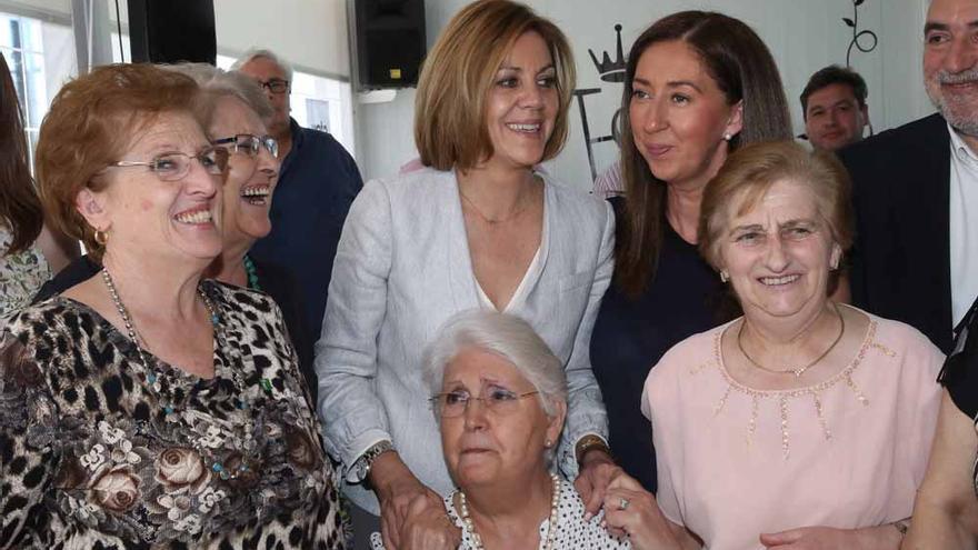 María Dolores de Cospedal, en campaña electoral. Foto: presidentacospedal.com