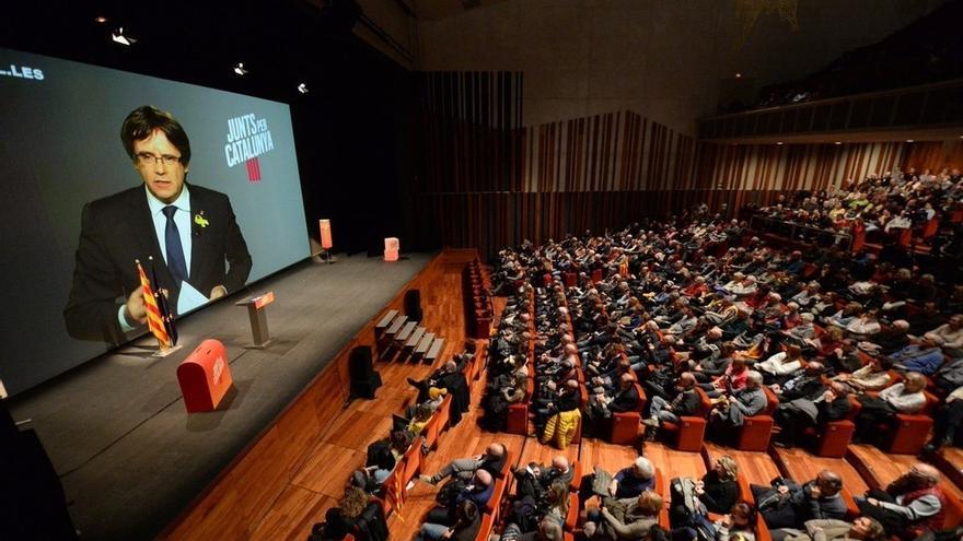 """Puigdemont dice que nada puede """"doblegar"""" el independentismo y pide recuperar las instituciones"""