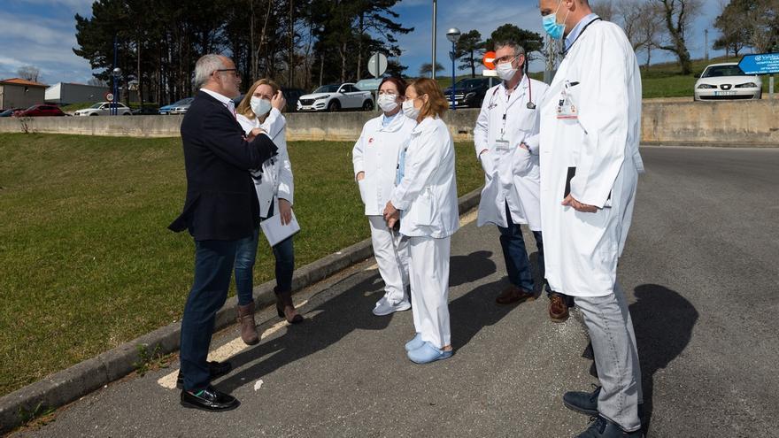 """El consejero de Sanidad espera que las """"buenas expectativas"""" se consoliden en los próximos días"""