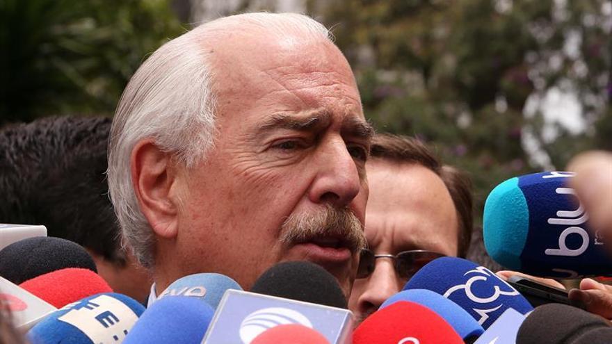 Expresidentes urgen a Santos y a Morales a convocar una cumbre de Unasur sobre Venezuela