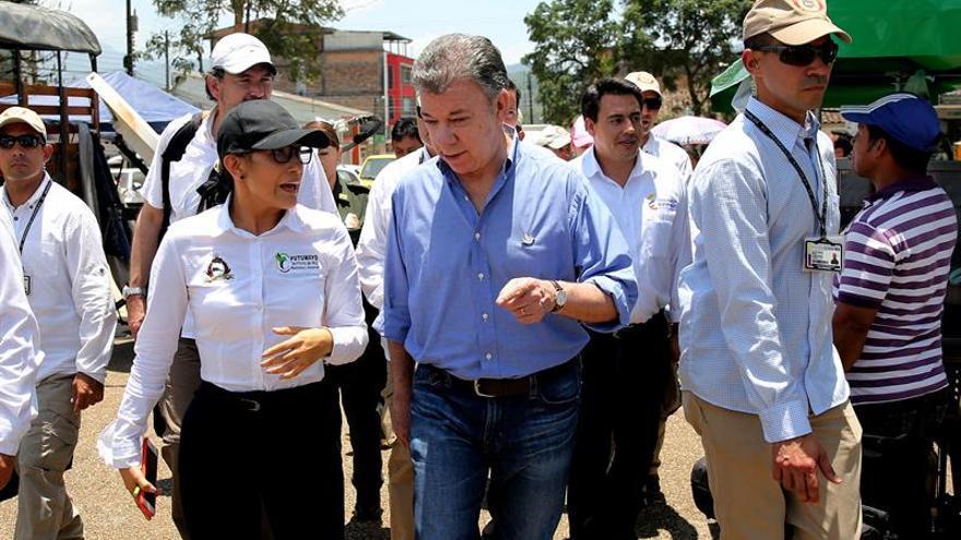 Santos da por terminada la atención inicial a Mocoa y eleva los muertos a 323