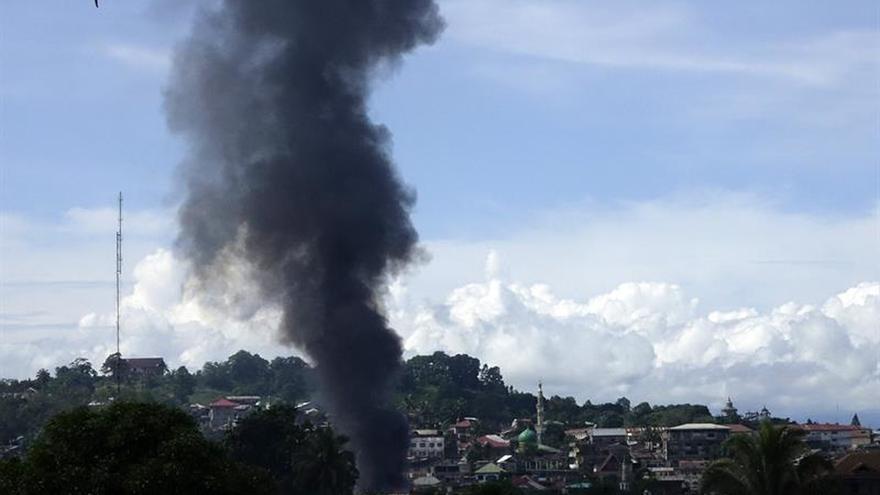 Al menos 13 soldados muertos y 40 heridos por grupo afín a IS en Filipinas