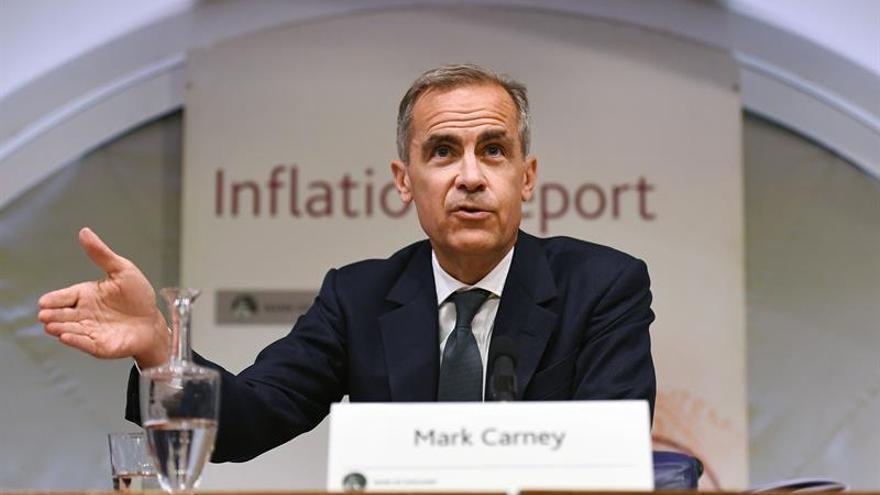 """Carney prevé un alza de tipos en el Reino Unido ante el auge de la inflación por el """"brexit"""""""