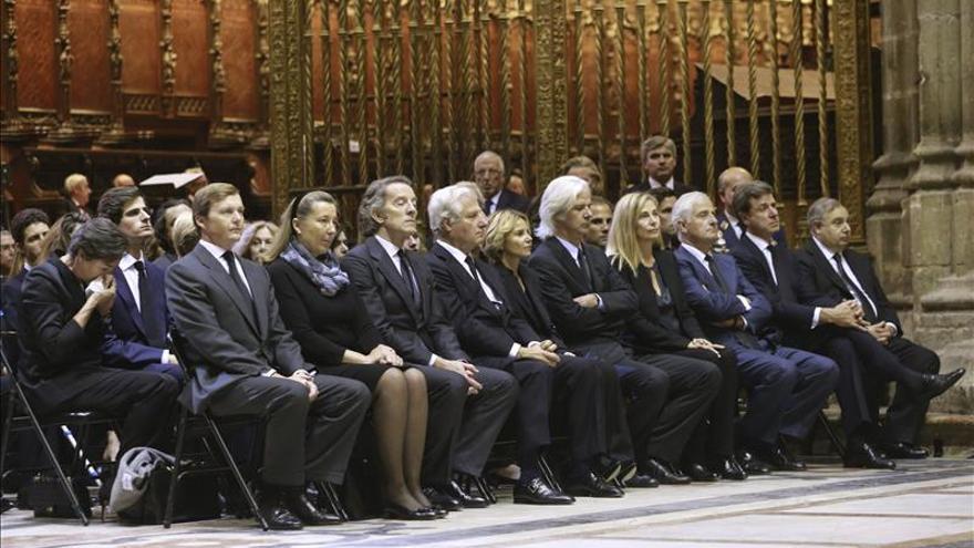Un juez busca a los testigos de un testamento de la duquesa de Alba de 1973
