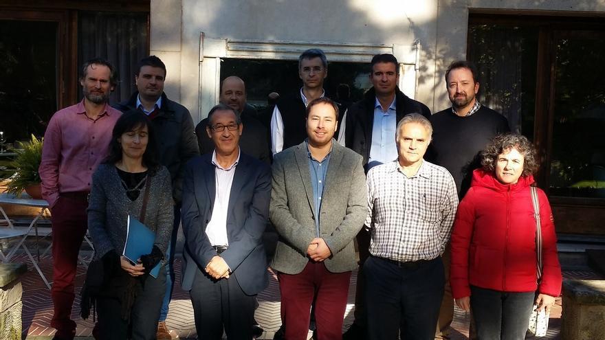 """Nacen dos proyectos pioneros para la venta de corderos y cabritos y lácteos de """"pastos de Cantabria"""""""