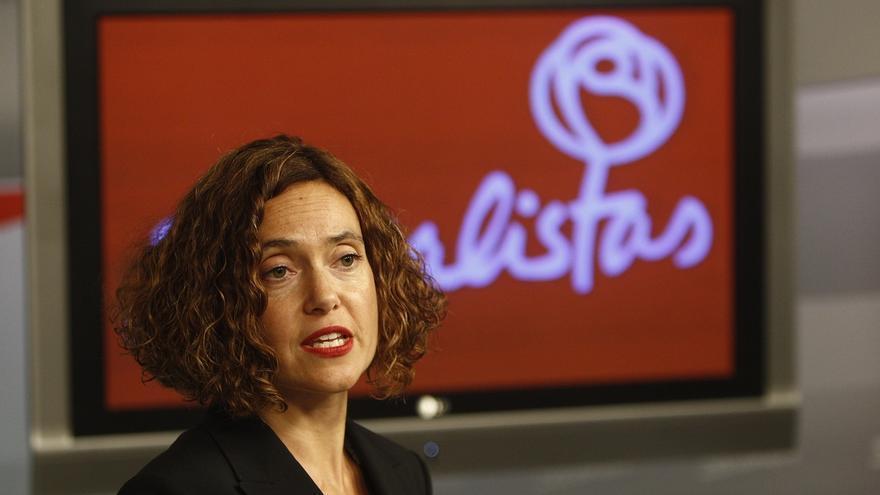 El PSOE reprocha a Podemos que esconda sus siglas en las municipales cuando presume de ser el partido de las bases