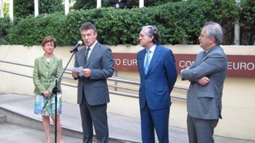 El Embajador De Polonia En España, Ryszard Schnepf