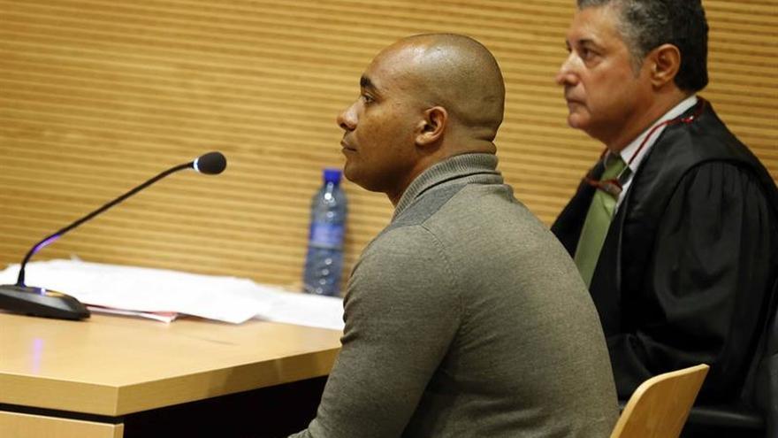 Condenado a 22 años el hombre que apuñaló a su pareja en Fuerteventura