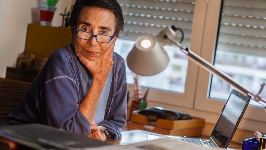 La periodista Margarita Rivière. /ENRIC CATALÀ