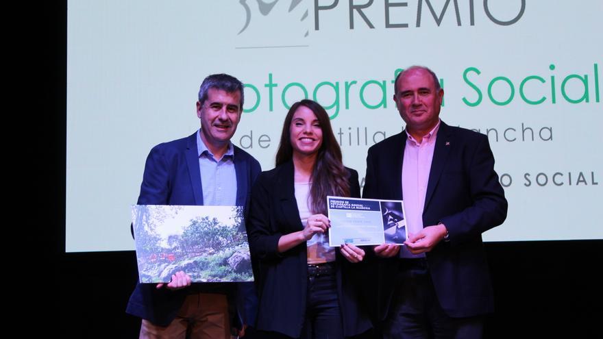 Entrega del premio a la mejor Colección de Fotografías. FOTO: Diana Calzado
