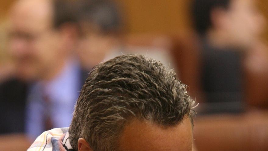 El Parlamento declarará incompatible el escaño de Sánchez Gordillo el próximo miércoles si no renuncia previamente