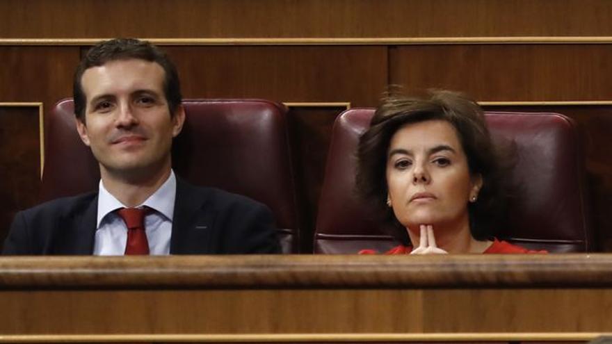 Pabloc Casado y Soraya Sáenz de Santamaría.