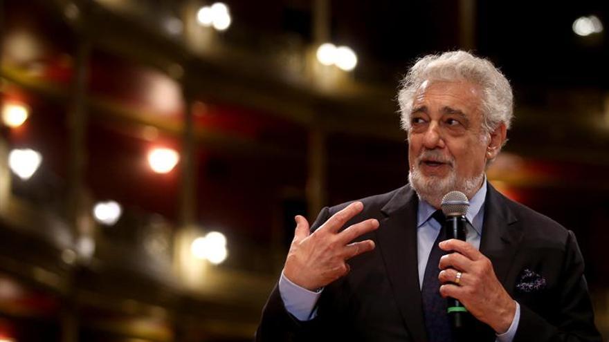 """El tenor Plácido Domingo critica """"la avalancha tremenda"""" de la música pop"""