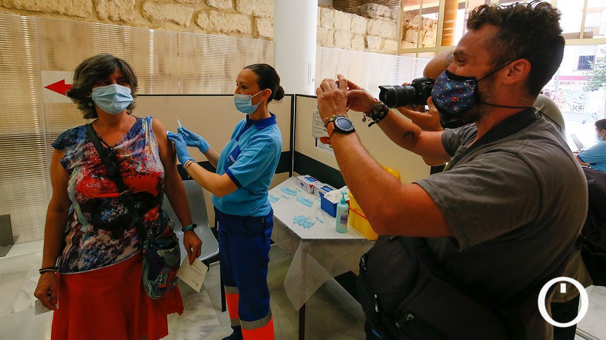 Vacunación contra la covid-19 en el Ayuntamiento de Córdoba