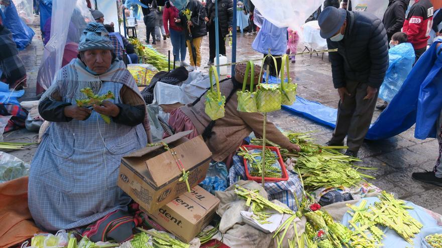 La celebración del Domingo de Ramos vuelve a los templos y calles en Bolivia