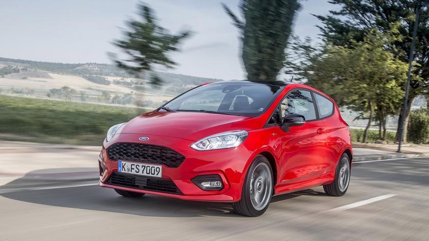 El nuevo Ford Fiesta recibe mejoras en la parte mecánica y en la seguridad a bordo.