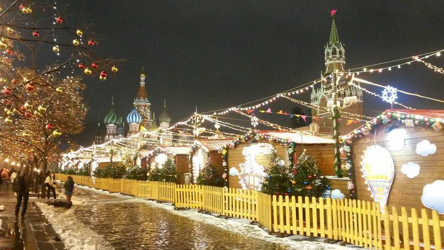 La última foto subida por Berg a su Facebook: un mercado navideño en Moscú.