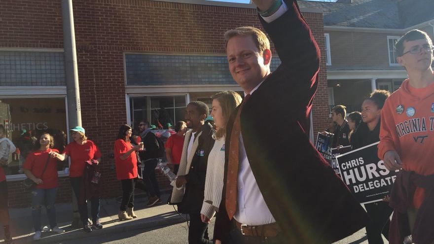 Chris Hurst durante un acto de campaña en Virginia.