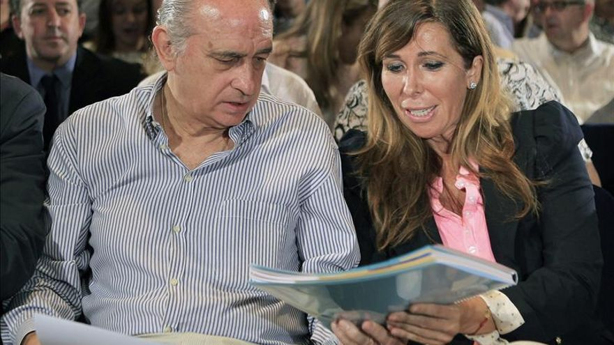 """Fernández Díaz dice que el liderazgo de Sánchez-Camacho """"goza de muy buena salud"""""""