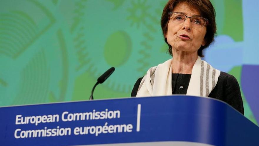 La CE dice hace falta más convergencia para un sistema europeo de desempleo