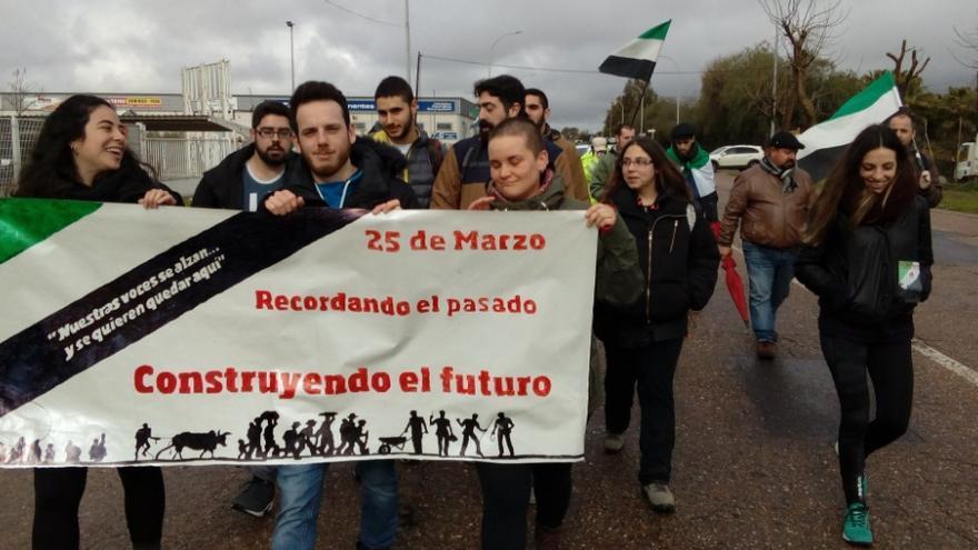 Marcha por el 25 de Marzo en Mérida / @Asoc25demarzo