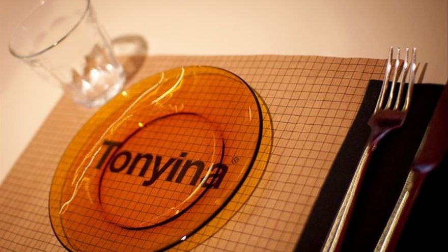 Tonyina / Andreu Escrivà