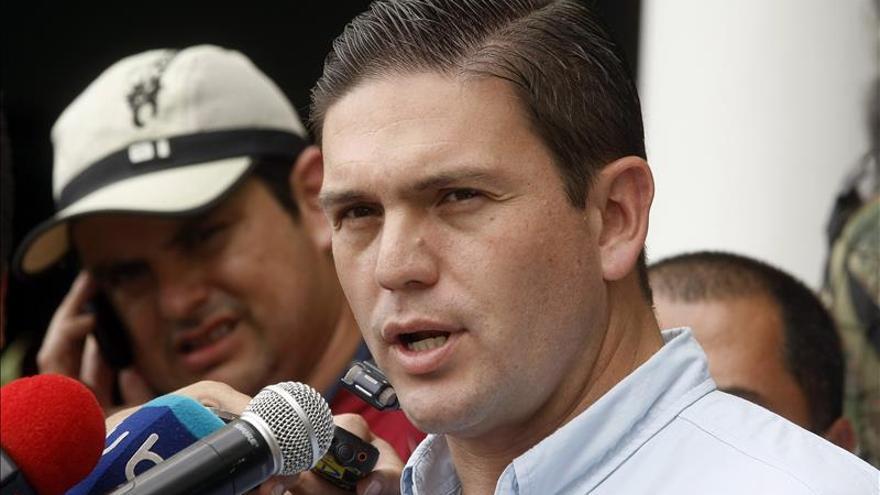 El Gobierno colombiano afirma que restituye tierras en medio del conflicto