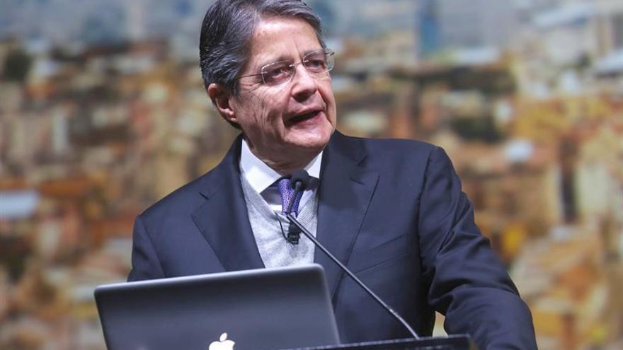 Líder de la oposición en Ecuador insta a censurar la situación en Venezuela
