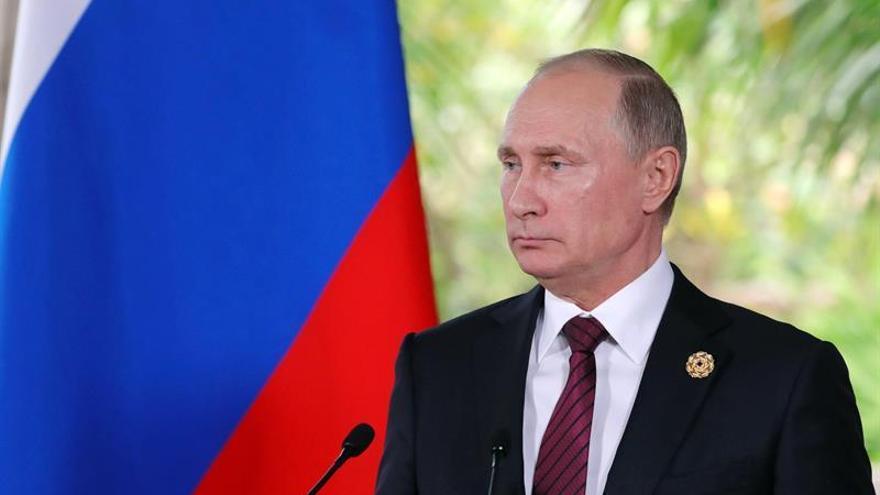 Putin dice que no hay pruebas de la injerencia rusa en las elecciones de EEUU