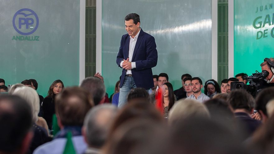 Casado conversa con Moreno y le emplaza a liderar el cambio en Andalucía